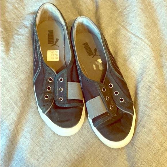 Puma Shoes - Size 6 PUMAS